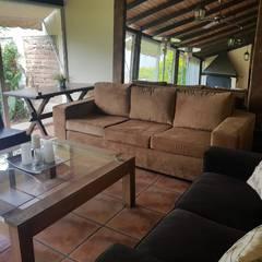 غرفة المعيشة تنفيذ A3 arquitectas - Salta