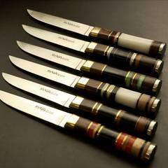 Conjunto de facas de mesa: Salas de jantar  por Industria de Cutelarias - KYNA Knives