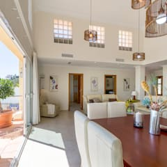 Dining room by Home & Haus | Home Staging & Fotografía, Mediterranean