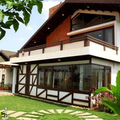 Amalgamation of Elements:  Villas by Kembhavi Architecture Foundation