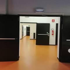 متاحف تنفيذ Mdo Serramenti