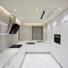 Kitchen by ZEROSQUARE