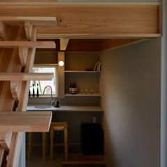 Wine cellar by 風景のある家.LLC, Asian Wood Wood effect