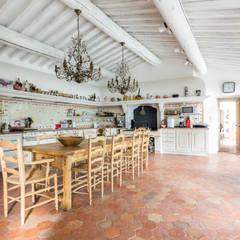 Villa Provençale: Cuisine de style  par Pixiflat