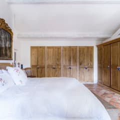 Villa Provençale: Chambre de style  par Pixiflat