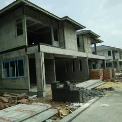บริษัทรับตอกเสาเข็ม ไมโครไพล์ เข็มตอก ปั้นจั่น เครน  สร้างบ้าน รีโนเวท โครงเหล็ก โกดัง โรงงาน ยื่นขออนุญาตก่อสร้าง:  บ้านสำหรับครอบครัว by บริษัท พีแอนด์พี วิศวการโยธา จำกัด