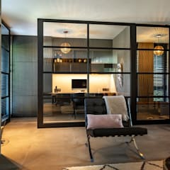 Salas de estilo  por Bongers Architecten