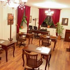 Oficinas de estilo  por OFİS & OFİS MOBİLYA ,