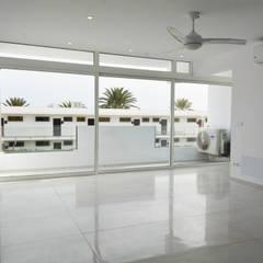 Salón: Salones de estilo  de SP_Arquitectura