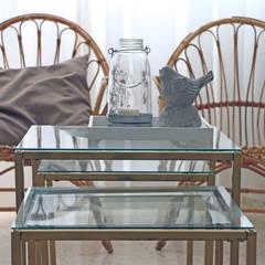SALÓN: Comedores de estilo  de Noelia Garrido. Diseño de interior