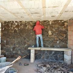 Living room by GóMEZ arquitectos
