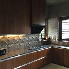 Muebles de cocinas de estilo  por Studio Nirvana