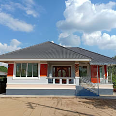 บ้านพักอาศัยชั้นเดียว ขนาด 3 ห้องนอน 2 ห้องน้ำ 1 รับแขก 1 ครัว พื้นที่รวม 105 ตรม.:  บ้านสำหรับครอบครัว by แบบบ้านออกแบบบ้านเชียงใหม่