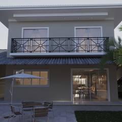 Casas de estilo  por Gelker Ribeiro Arquitetura | Arquiteto Rio de Janeiro