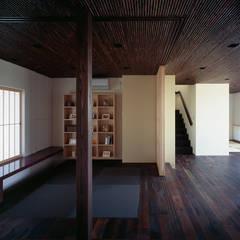 Study/office by 松岡淳建築設計事務所