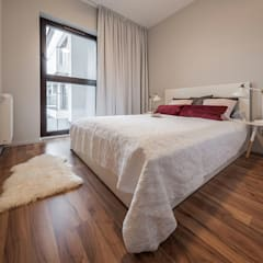 MĘSKI RÓŻ: styl , w kategorii Sypialnia zaprojektowany przez KODO projekty i realizacje wnętrz