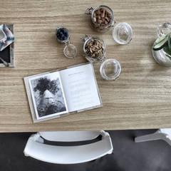 Barbara for Hair: Negozi & Locali commerciali in stile  di Federica Rossi Interior Designer