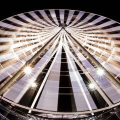 Cambia la perspectiva: Espacios comerciales de estilo  por moblum