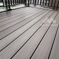 Terrazas de estilo  por homify, Escandinavo Compuestos de madera y plástico