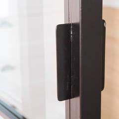 Sliding doors by DISEÑO&ARQUITECTURA