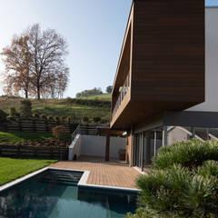Infinity pool by fabio licciardi architetto