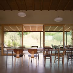 Dining room by Anna Caspar Innenarchitektin