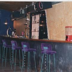 Bares y clubs de estilo  por Atelier  Ana Leonor Rocha
