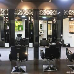 HAIR CUT STATION :  Clinics by KEYSTONE DESIGN STUDIOS