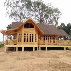 Log Home  ติดมอเตอร์เวย์:  บ้านไม้ by Sukjai Logcabin Partnership