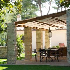 Garden by GIAN MARCO CANNAVICCI ARCHITETTO