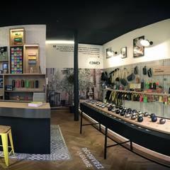 Vue panoramique de la boutique: Locaux commerciaux & Magasins de style  par A MI-BOIS