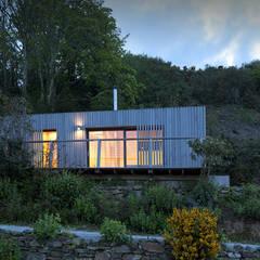 vista esterna: Casa prefabbricata  in stile  di Ecospace Italia srl