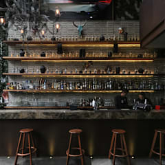 Bars & clubs by PASQUINEL Studio, Rustic