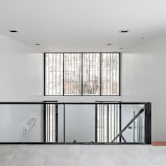 Пластиковые окна в . Автор – SMF Arquitectos  /  Juan Martín Flores, Enrique Speroni, Gabriel Martinez