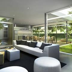 Diseño de Casa en Managua, Nicaragua por SMF Arquitectos: Livings de estilo  por SMF Arquitectos  /  Juan Martín Flores, Enrique Speroni, Gabriel Martinez