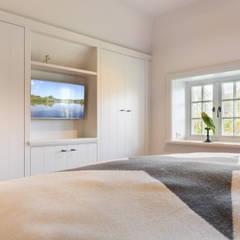 Privathaus in Kampen af Sylt:  Schlafzimmer von Home Staging Sylt GmbH