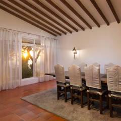 Eetkamer door Pedro Brás - Fotógrafo de Interiores e Arquitectura | Hotelaria | Alojamento Local | Imobiliárias