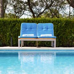 Pool: Piscinas  por Pedro Brás - Fotógrafo de Interiores e Arquitectura   Hotelaria   Alojamento Local   Imobiliárias