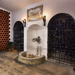 Pedro Brás - Fotografia de Interiores e Arquitectura | Hotelaria | Imobiliárias | Comercial が手掛けたワインセラー