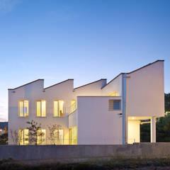친환경 저에너지 주택. 비스타 하우스: 건축사사무소 모뉴멘타의  주택