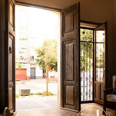 Front doors by osb reformas