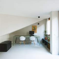 Koekoek:  Studeerkamer/kantoor door Kevin Veenhuizen Architects