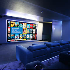 Home Cinema: Salas multimédia  por HOME Technology Designers,
