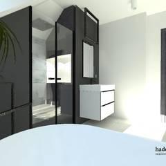 ŁAZIENKA NA PODDASZU: styl , w kategorii Łazienka zaprojektowany przez Biuro Projektowania Wnętrz HaDeKa