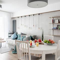 KĘPA MIESZCZAŃSKA W TURKUSIE: styl , w kategorii Jadalnia zaprojektowany przez KODO projekty i realizacje wnętrz