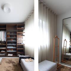 Interieurplan woonhuis Nieuw Leiden:  Kleedkamer door Regina Dijkstra Design,