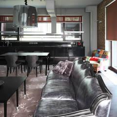 Box house - современный загородный дом: Столовые комнаты в . Автор – Роман Леонидов - Архитектурное бюро