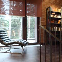 Box house - современный загородный дом: Лестницы в . Автор – Роман Леонидов - Архитектурное бюро
