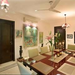 """New Delhi """"Mayfair"""": Salle à manger de style  par Hakim-Landoy"""