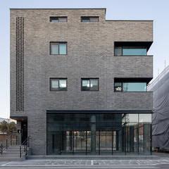 منزل عائلي كبير تنفيذ 삼공사건축사사무소